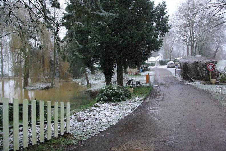 Location de vacances - Camping à Mézières-sous-Lavardin - le camping est ouvert toute l'année