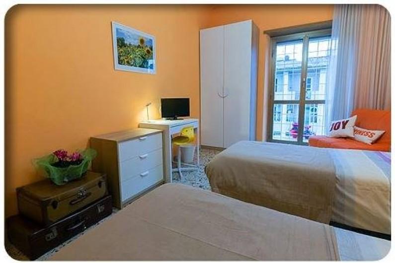 Location de vacances - Appartement à Rome - chambre double avec lit supplémentaire et balcon