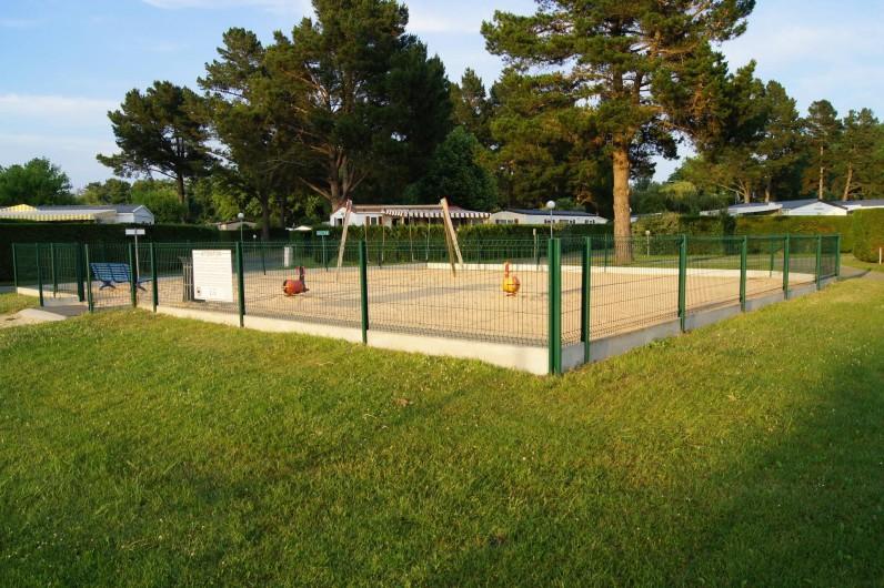 Location de vacances - Bungalow - Mobilhome à Les Mathes - Aire de jeux