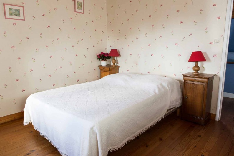 Location de vacances - Gîte à Reville - chambre rose