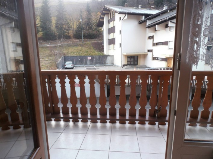 Location de vacances - Appartement à La Clusaz - balcon