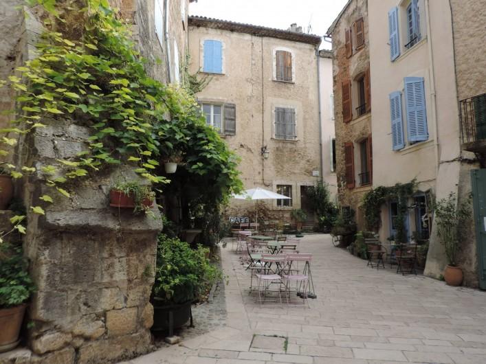 Location de vacances - Villa à Villecroze - LE VIEUX VILLAGE DE VILLECROZE