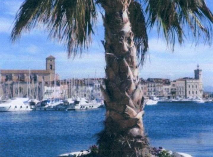 Location de vacances - Mas à La Ciotat - Ville de La Ciotat  (Port)