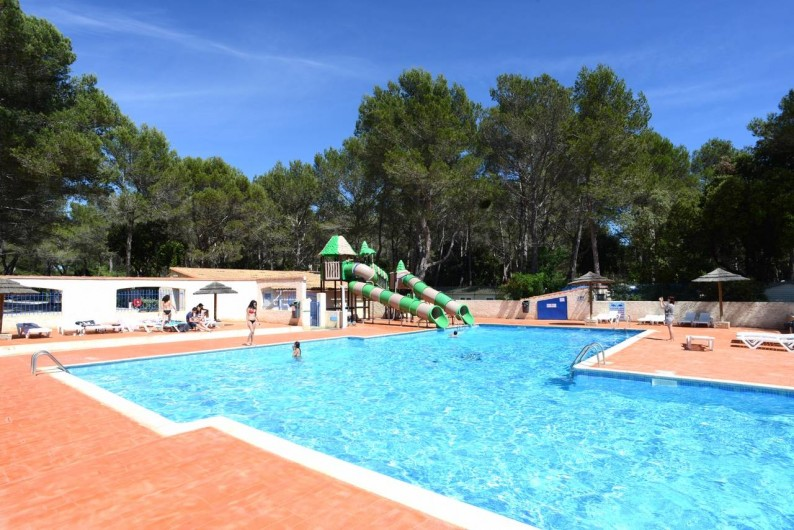 Location de vacances - Bungalow - Mobilhome à Le Camp - Le grand bassin de l'espace aquatique