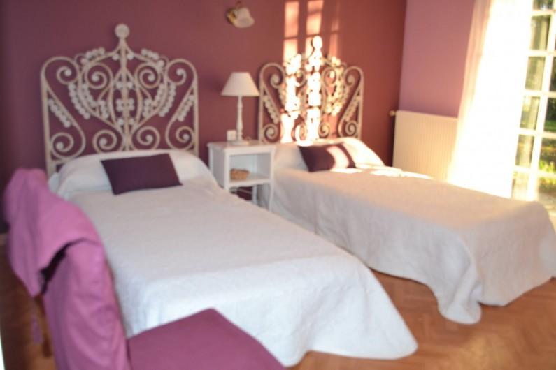 Location de vacances - Villa à Queyrac - Chambre 3 accès direct terrasse Sud