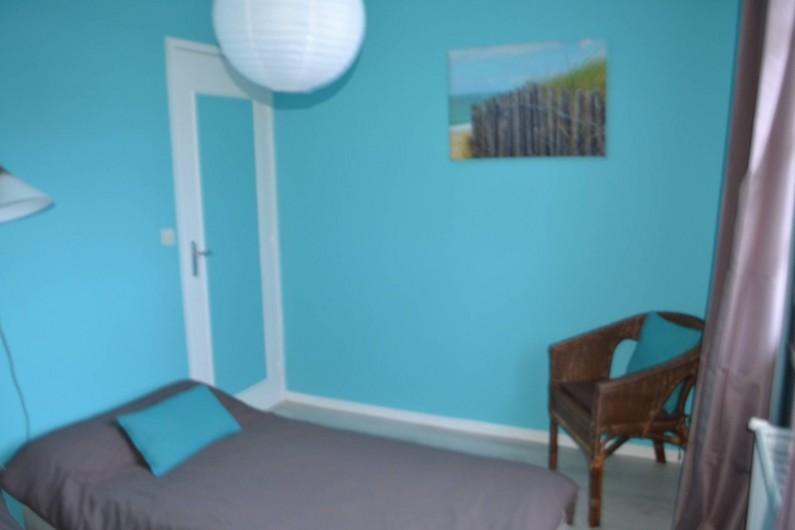 Location de vacances - Villa à Queyrac - Chambre 4 vue sur jardin arrière