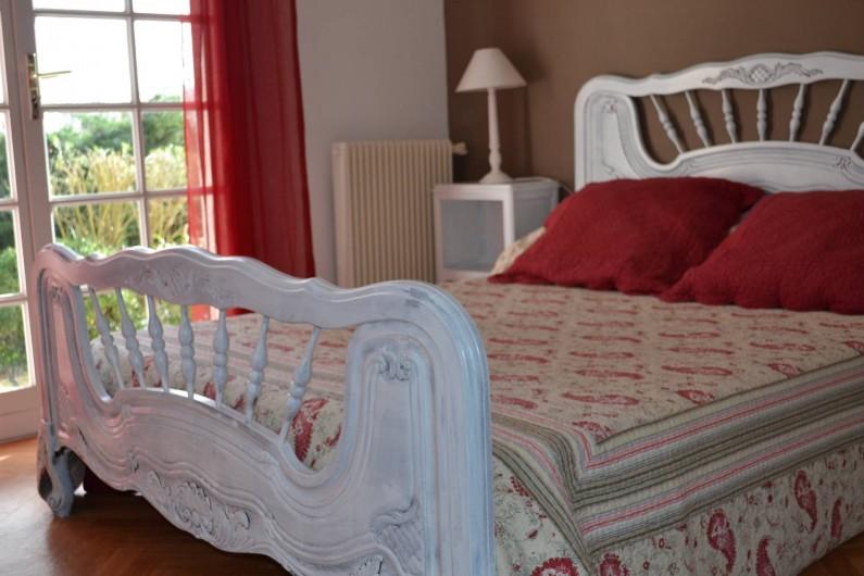 Location de vacances - Villa à Queyrac - Chambre 1 accès direct terrasse Sud