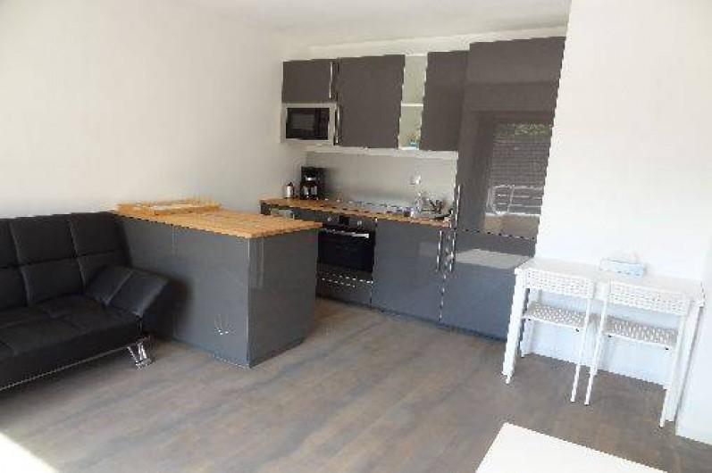 Location de vacances - Appartement à Annecy-le-Vieux - cuisine américaine