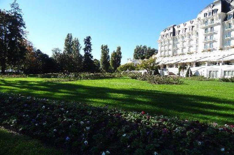 Location de vacances - Appartement à Annecy-le-Vieux - alentour proche de la location (promenade parc de l'impérial palace)