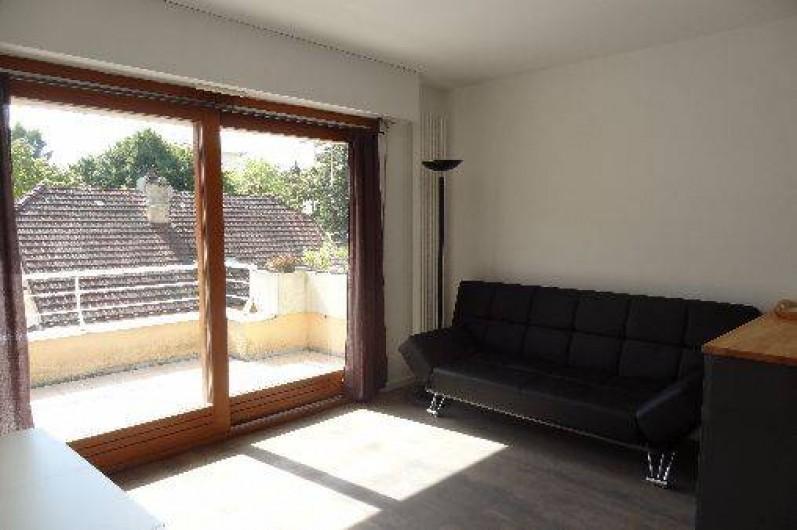 Location de vacances - Appartement à Annecy-le-Vieux - salon
