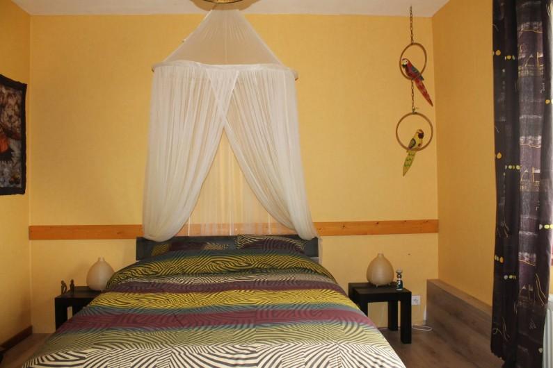 """Location de vacances - Chambre d'hôtes à Fauvillers - Chambre: """" Savane en été"""""""