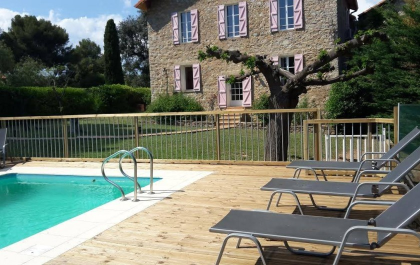 """Location de vacances - Appartement à La Londe-les-Maures - Piscine privative avec notre plus grand gîte """"Les Lauriers"""""""