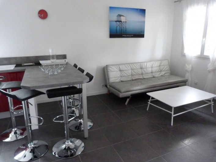 Location de vacances - Appartement à Saint-Julien-en-Born - salon avec clic-clac