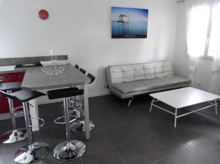 Location de vacances - Appartement à Saint-Julien-en-Born - salon avec clic-clac