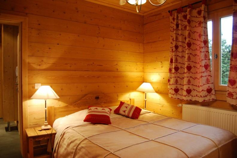Location de vacances - Chalet à Morzine - Appartement 16 pers. Chambre