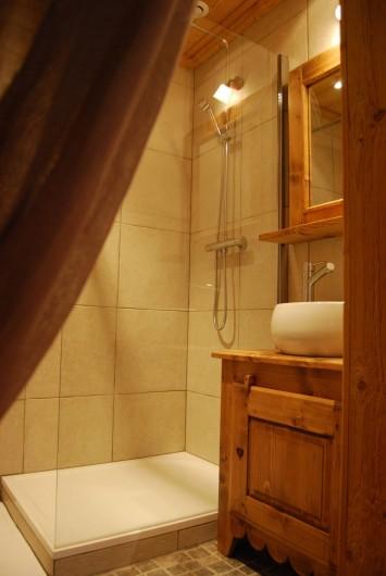 Location de vacances - Chalet à Morzine - Appartement 16 pers. Salle de Bain