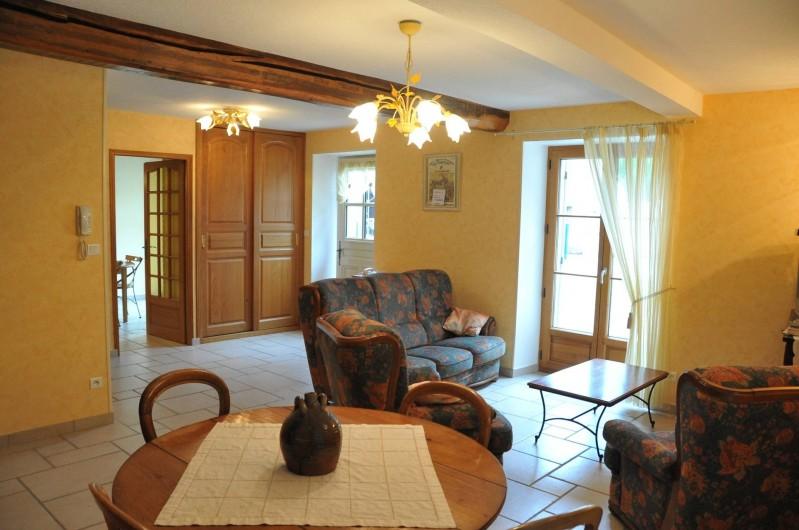 Location de vacances - Gîte à Maligny - Entrée  Salle de séjour