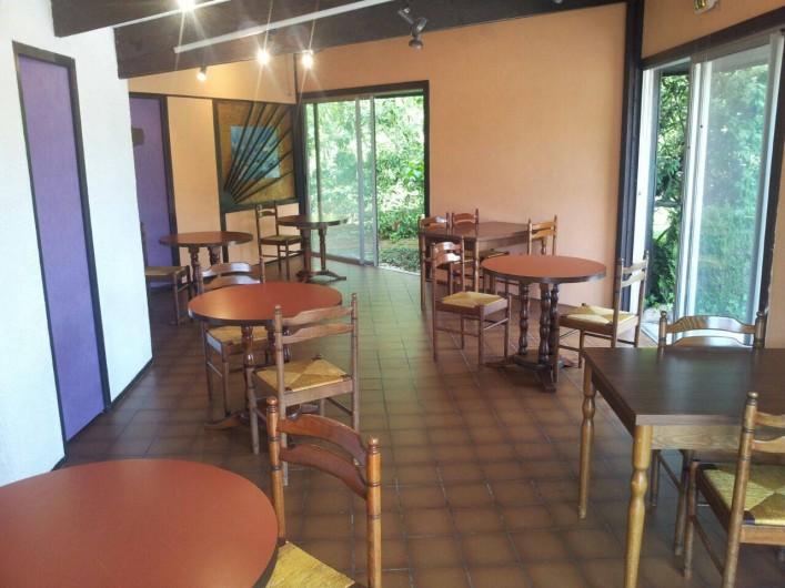 Location de vacances - Hôtel - Auberge à Escolives-Sainte-Camille - salle petit déjeuner