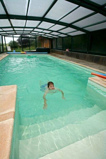 Location de vacances - Gîte à Sorans-lès-Breurey - piscine au sel de 8m X 4 m x 1.8m