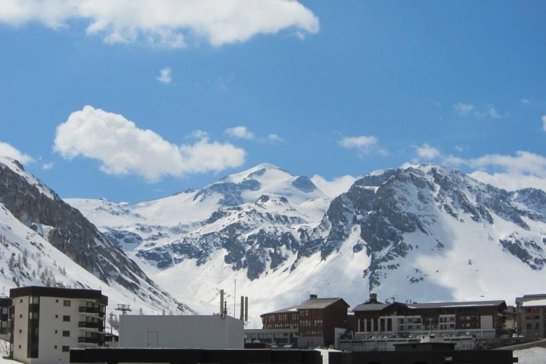 Location de vacances - Appartement à Tignes - La Grande Motte vue du balcon de l'appartement