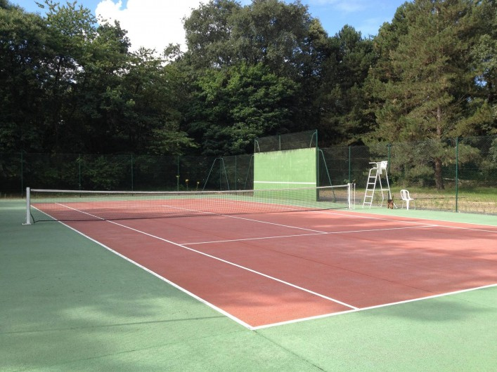 Location de vacances - Gîte à Les Rairies - tennis court