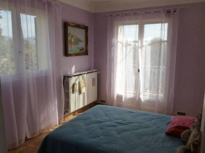 Location de vacances - Villa à Grasse - La chambre mauve - 1er étage