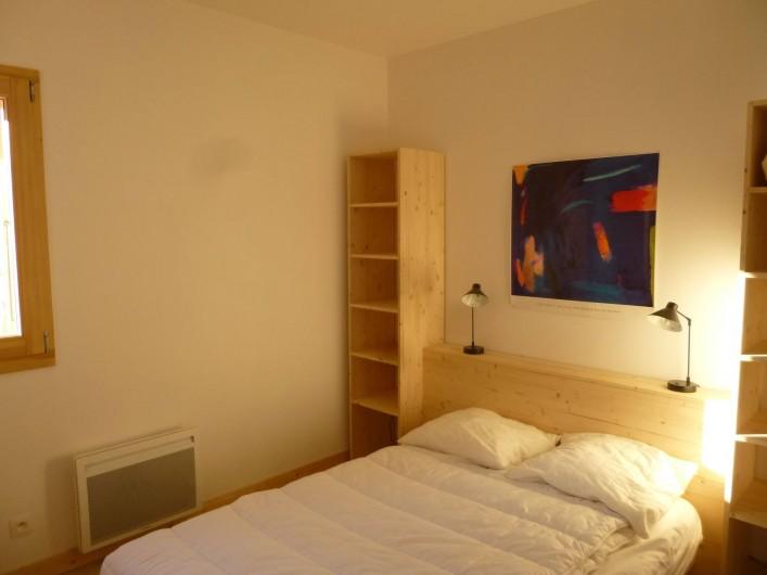 Location de vacances - Appartement à Samoëns - Chambre parentale