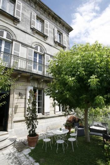 Location de vacances - Chambre d'hôtes à Saintes - Extérieur