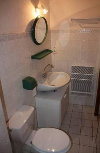 Location de vacances - Appartement à Embrun - salle d'eau