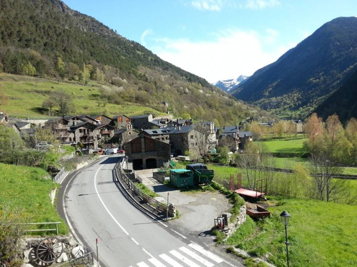 Location de vacances - Appartement à Llorts - le village