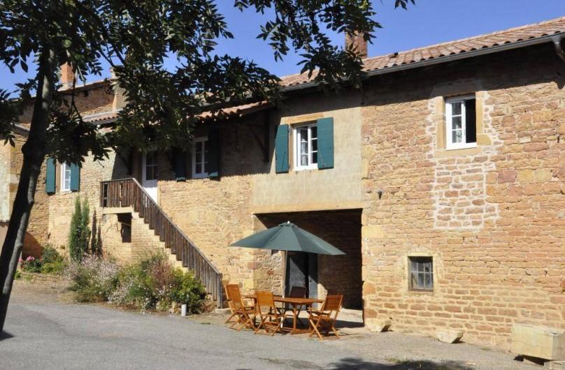 Location de vacances - Gîte à Saint-Julien - Le gîte Le Vigneronnage au Château du Jonchy à St Julien dans le Rhône (France)