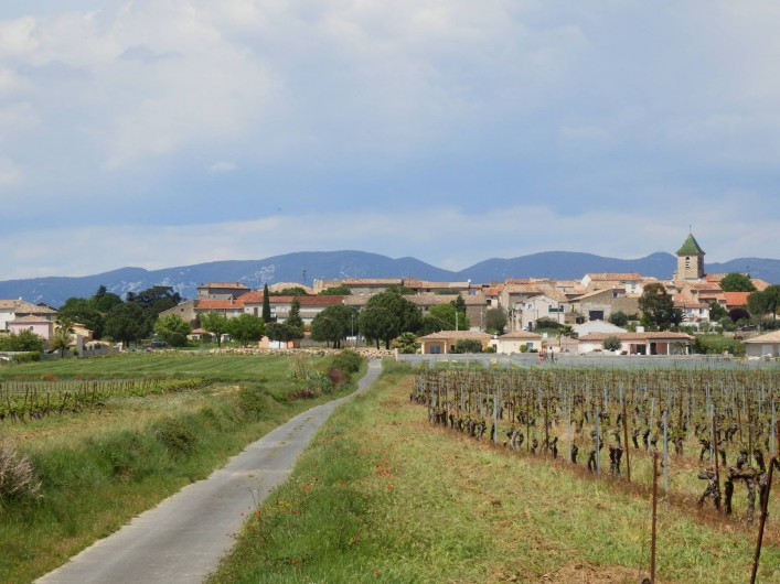 Location de vacances - Villa à Saint-Génies-de-Fontedit - Vue du village