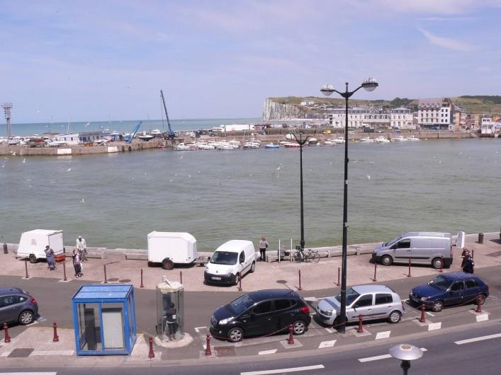 Location de vacances - Appartement à Le Tréport - Vue sur le port