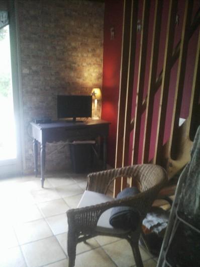 Location de vacances - Appartement à Chastreix - coin tv app n°2