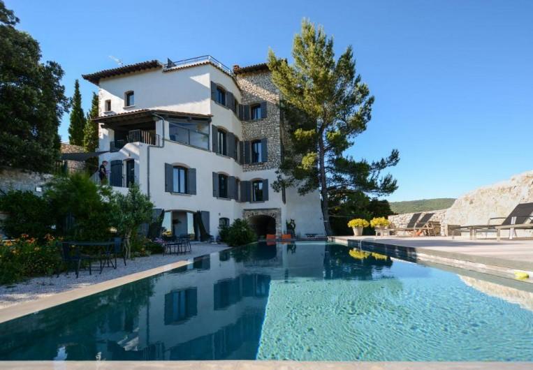 Location de vacances - Chambre d'hôtes à Méthamis - charme, design et bien-être en Provence, Vaucluse