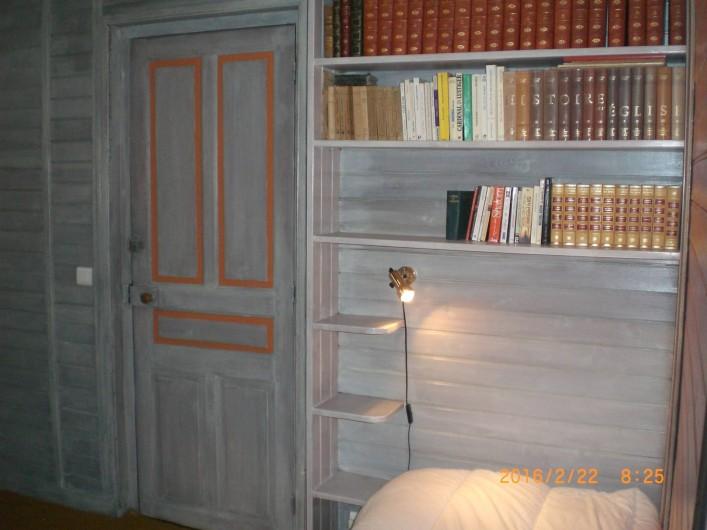 Location de vacances - Villa à Carnac - Chambre, bureau avec un lit