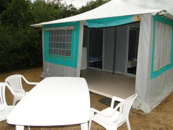 Location de vacances - Camping à Saint-Germain-sur-Ay - BUNGALOW TOILÉ