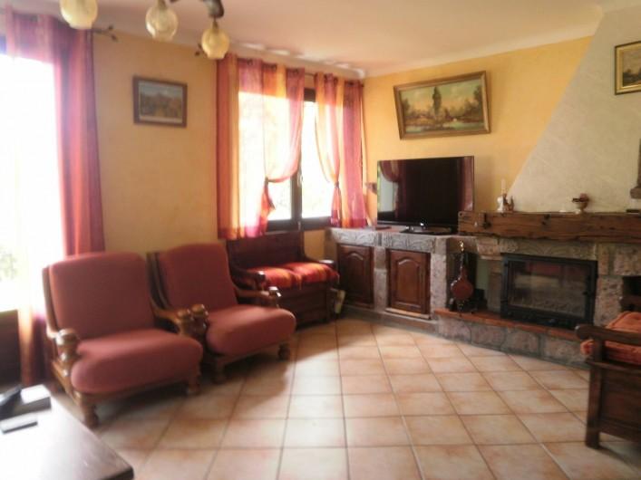 Location de vacances - Gîte à Saint-Jacques-des-Blats - SALON