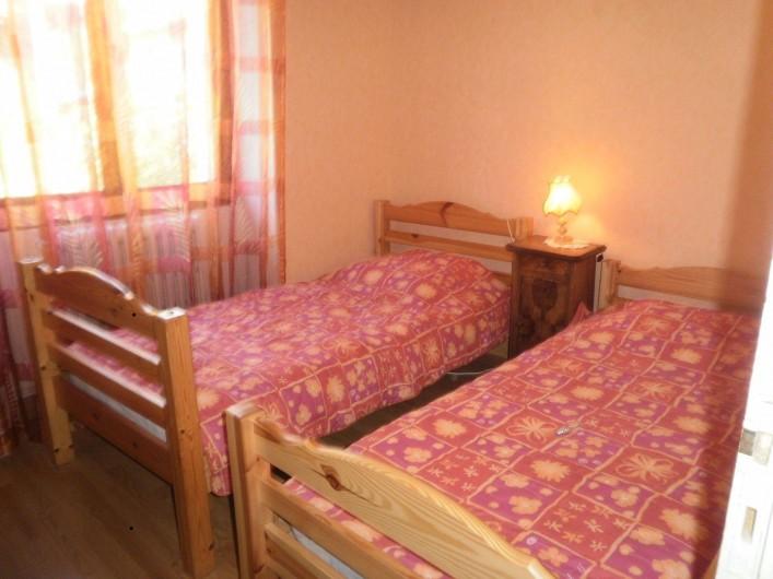 Location de vacances - Gîte à Saint-Jacques-des-Blats - chambre 5