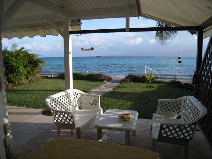 Location de vacances - Appartement à Le Gosier - Appartement  F3 en rez de jardin et bord de Mer