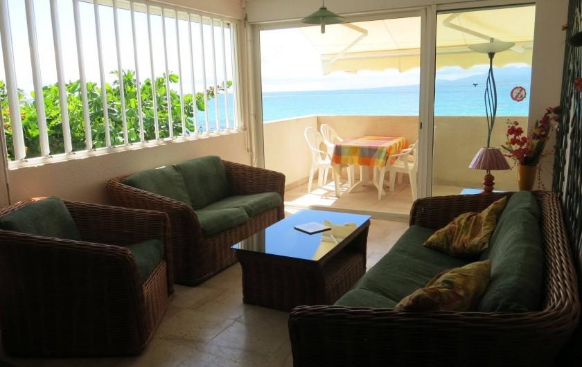 Location de vacances - Appartement à Le Gosier - Salon Balcon Terrasse  Vue sur Mer