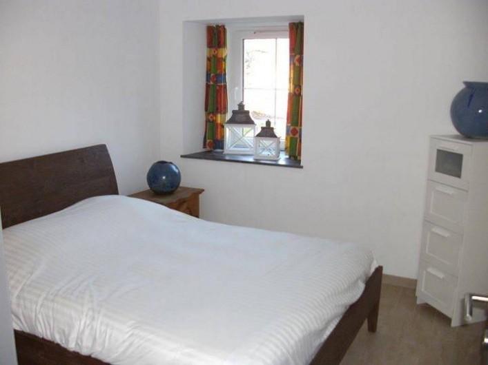 Location de vacances - Gîte à Ouffet - chambre 2 avec lit double