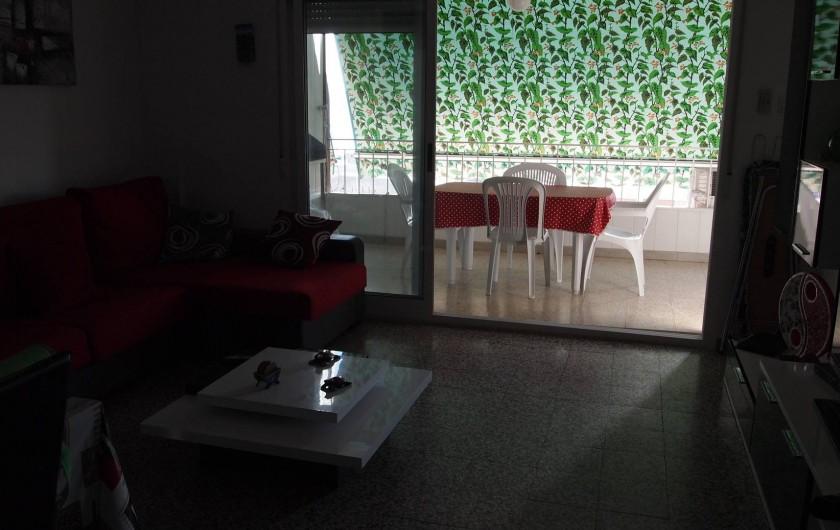 Location de vacances - Appartement à Santa Pola - salon avec acces a la terrasse