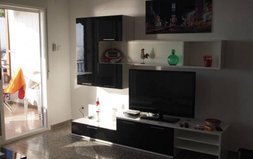 Location de vacances - Appartement à Santa Pola - television ecran 110 chaines francaises et espagnoles
