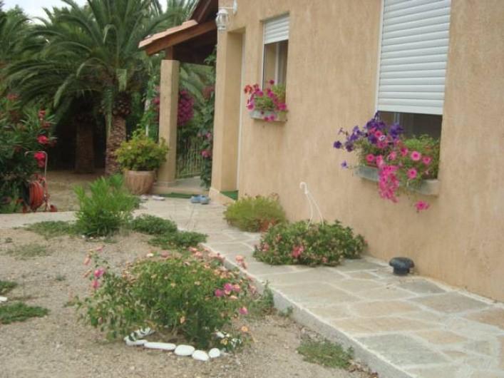 Location de vacances - Villa à Saint-Florent - maison avec jardin
