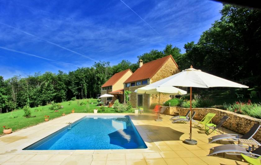 Location de vacances - Chambre d'hôtes à La Chapelle-Aubareil - Chambres d'hôtes de Charme entre Lascaux et Sarlat avec piscine chauffée