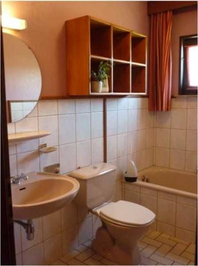 Location de vacances - Gîte à Malmedy - Salle de bains 1