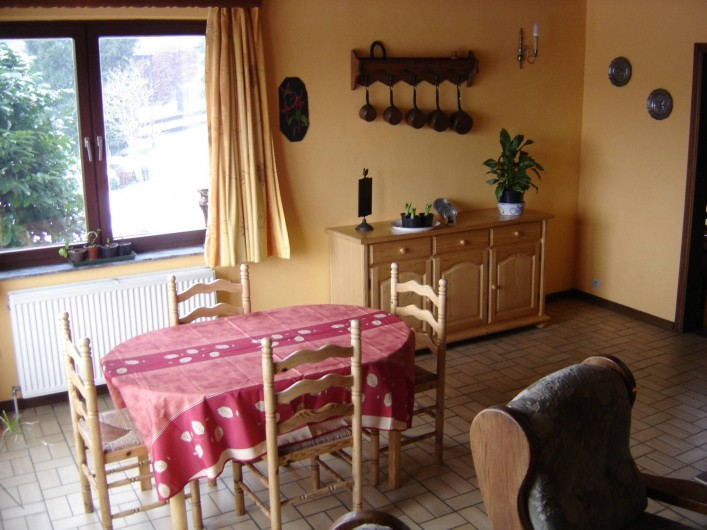 Location de vacances - Gîte à Aywaille - La salle à manger