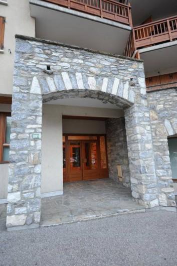 Location de vacances - Appartement à Bourg-Saint-Maurice - Entrée de la résidence