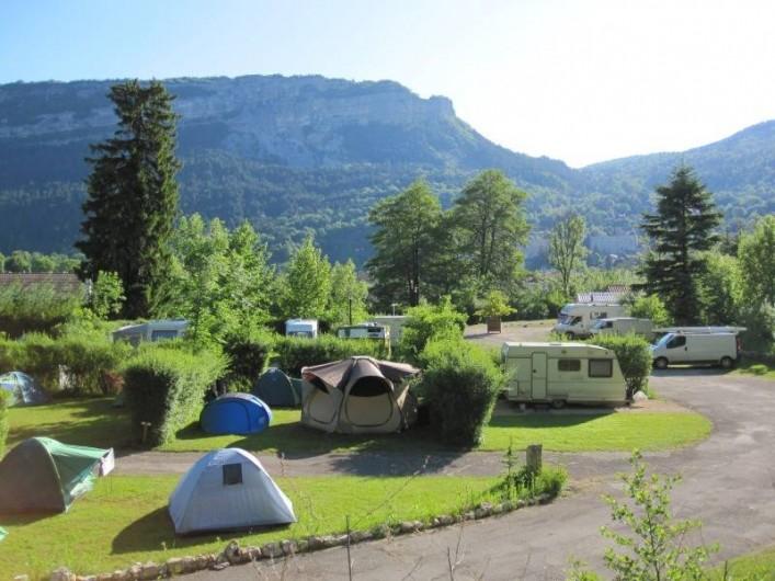 Location de vacances - Bungalow - Mobilhome à Nantua - Emplacements  tente, caravane, camping-car